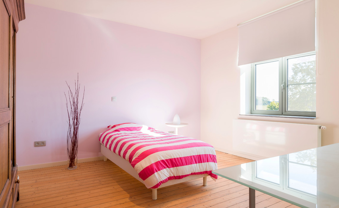 http://www.radson.com/images/products/enduser/bedroom-parada.jpg